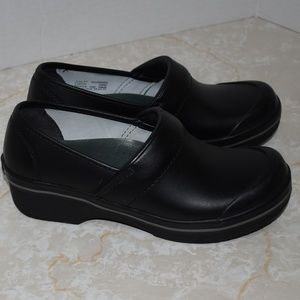 Dansko Volley Black Leather Clog Rubber Toe 37